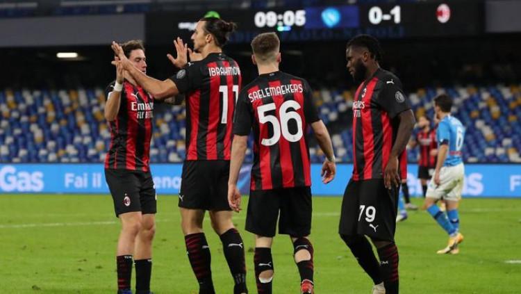 Napoli Vs Milan: Dua Gol Ibrahimovic Bawa Rossoneri Menang 3-1 Tau Dari Blogger - TDB