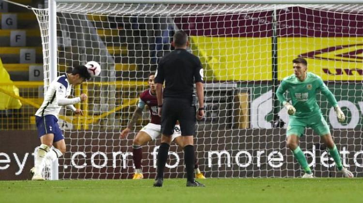 Burnley Vs Tottenham: Son Heung-min Menangkan Spurs Tau Dari Blogger - TDB
